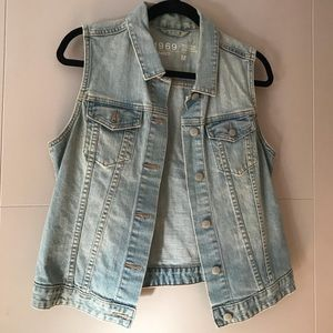 GAP Denim Vest - Women's Size Medium